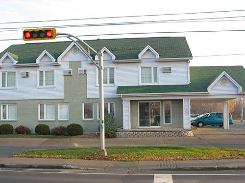 Motel-Mascouche-facade